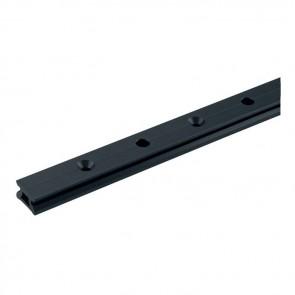 Harken MR 27mm low-beam CB rail 100cm met stoppergaten R27.1M